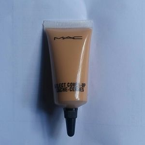Mac NC40 Select Cover-up Concealer